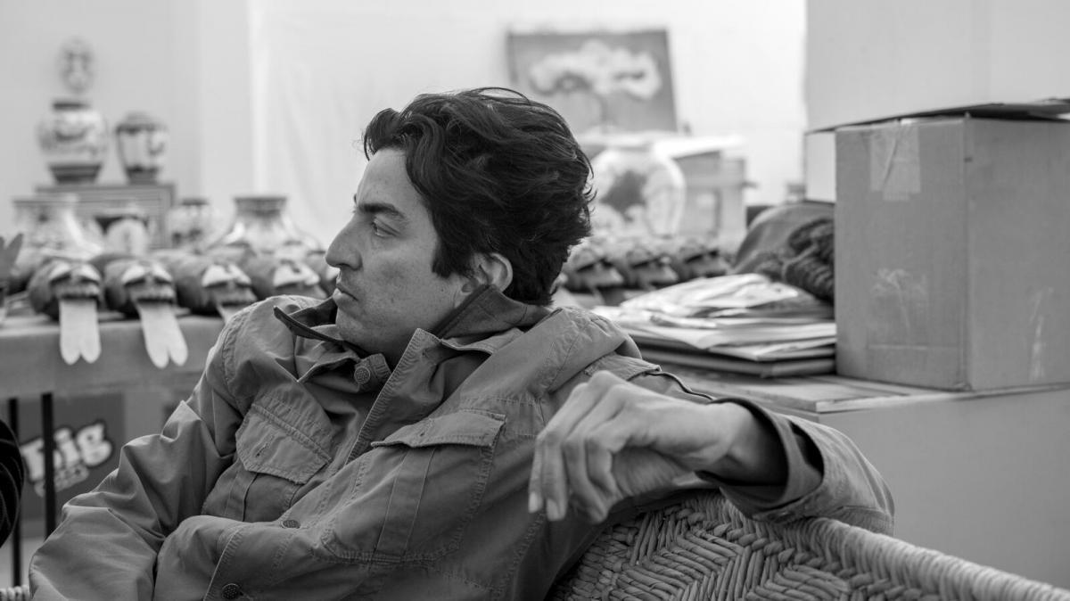 Black and white image of Eduardo Sarabia