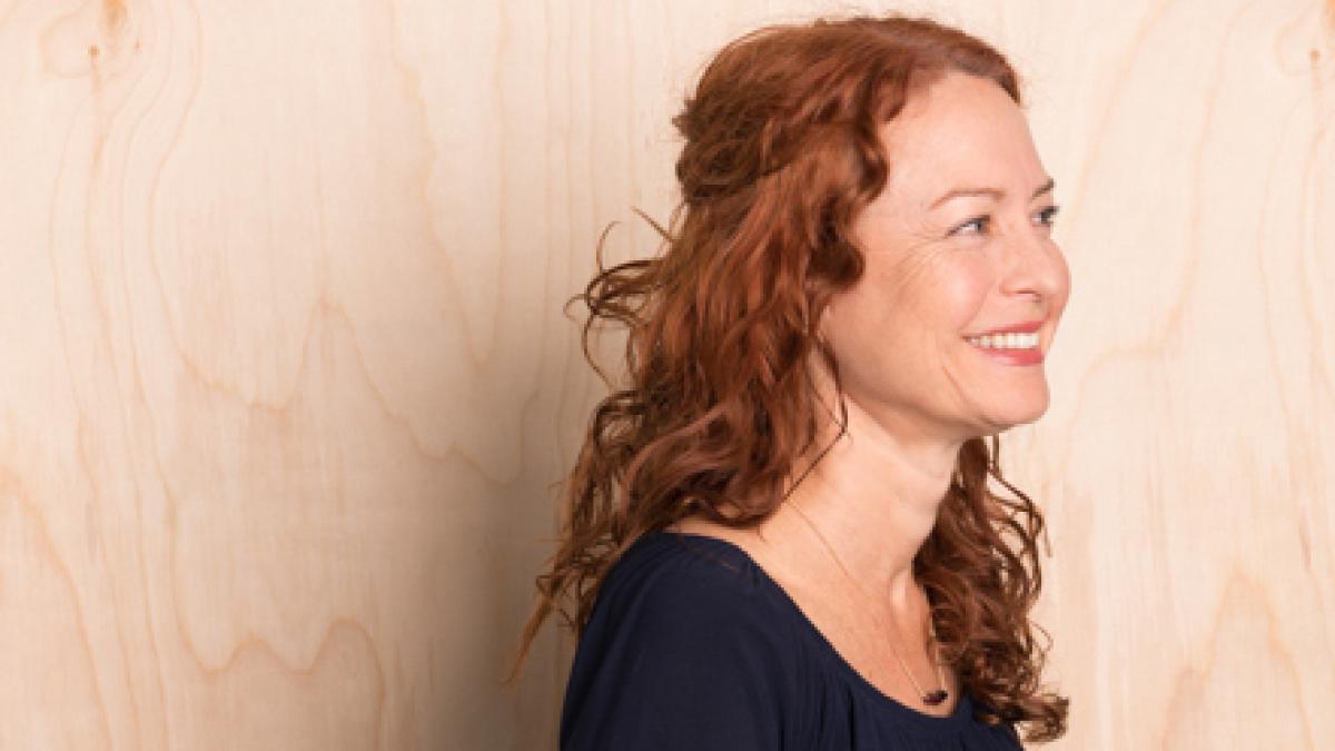Side profile portrait photo of Sonja Bochart